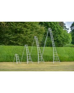 3 Leg Adjustable Tripod Ladder 14'